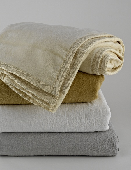 Kashmina King Blanket - White