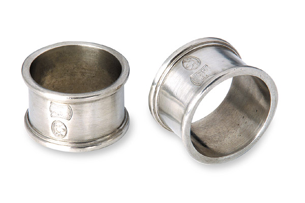 Set of 2 Round Pewter Napkin Rings
