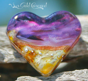 Sun Gold Concord Art Glass Heart Bead - BajaTiki