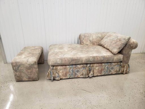Shop Lendy - Chaise with matching footstool - Shop Lendy