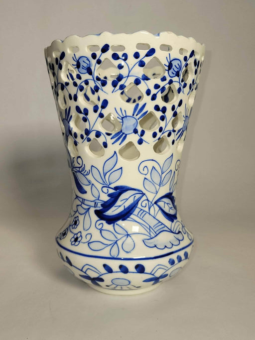 Shop Lendy - Intricate Spanish Ceramic Vase - Shop Lendy