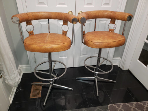 Shop Lendy - Mid Century Modern Chrome and Leatherette Bar Stools - Shop Lendy