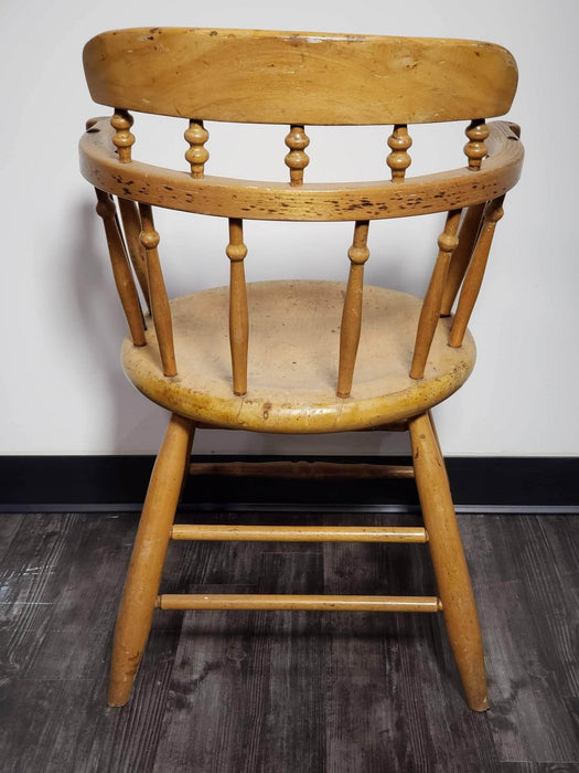 Shop Lendy - Wooden Ladder Back Chair (with Spindles) - Shop Lendy