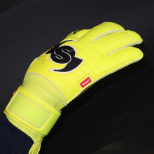 Load image into Gallery viewer, Wrappa Classic Yellow Rollfinger goalkeeper glove backhand