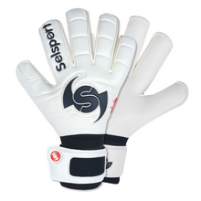 Load image into Gallery viewer, Wrappa Classic Goalkeeper gloves