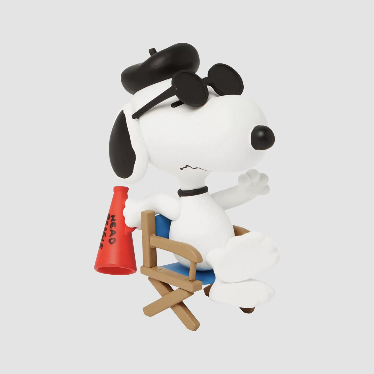 MEDICOM TOY: Peanuts Series 11 - Film Director Snoopy White Figure