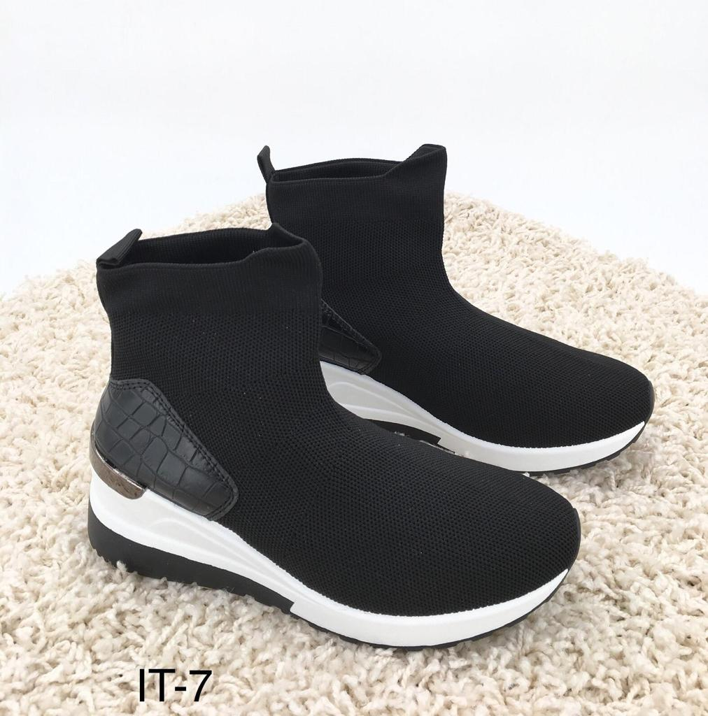 Sneaker IT 7 Sock black