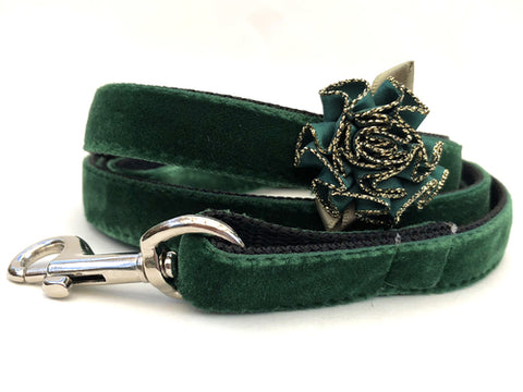 Misletoe Green Velvet Dog Leash