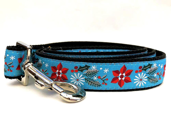 Winterberry Ribbon Dog Leash