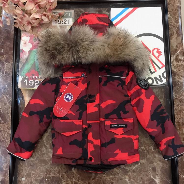CANADA GOOSE BUTTONED ZIPPER FUR HOODED JACKET CAMOUFLAGE RED