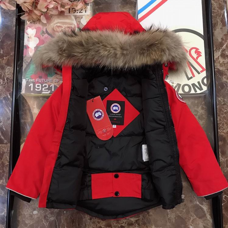 CANADA GOOSE BUTTONED ZIPPER FUR HOODED JACKET RED