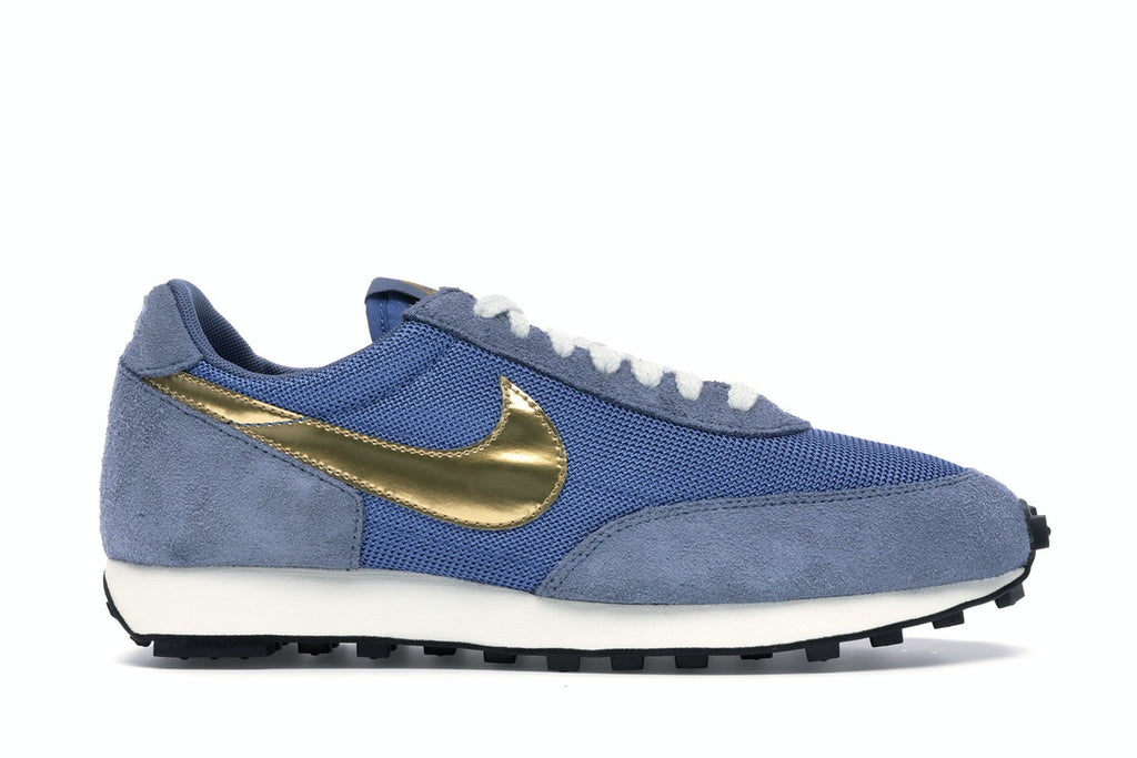 Nike Daybreak Metallic Gold