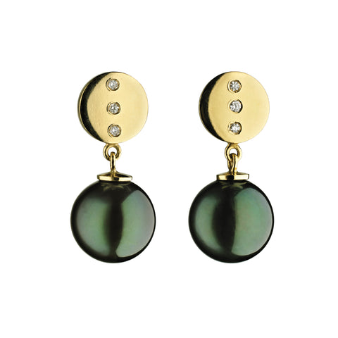 'Pearl Wonder' - Yellow gold earrings with diamonds and Tahitian pearls