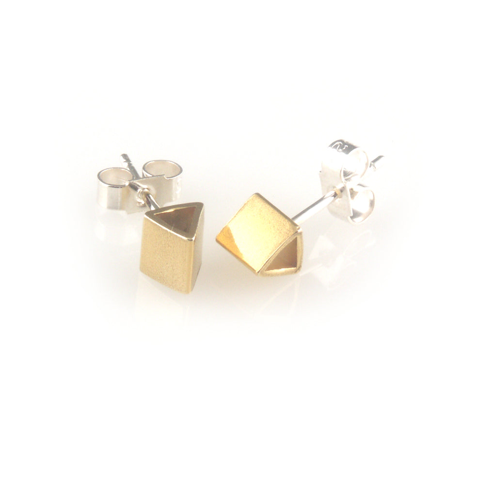 Gold plated silver triangle shape ear stud