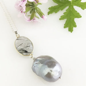 'Pearl Wonder' - Silver necklace with Tourmalinated quartz and detachable baroque pearl