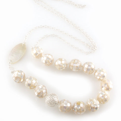 'Pearl Wonder' - silver necklace with round ball mother of pearls and silver ball