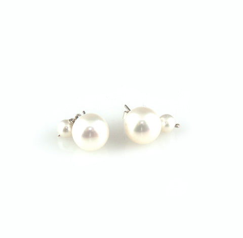 'Pearl Wonder' - round pearl earrings with little pearl drop