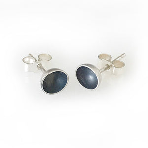 Oxidized silver round bowl ear studs
