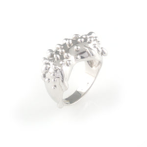 Silver ring with silver droplets