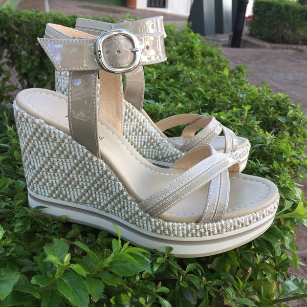 Nero Giardini Bia Women`s Leather Wedge Platform Sandals, Beige