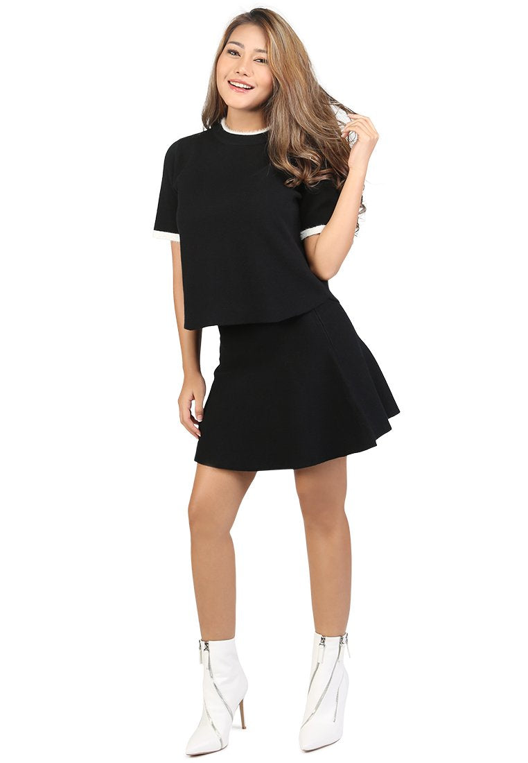 KNITTED TOP AND SKIRT CO-ORD SET