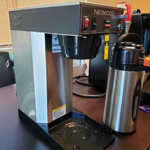 New Newco ACE-LD Air Pot Coffee Brewer + Hot Water Dispenser + DEMO UNIT