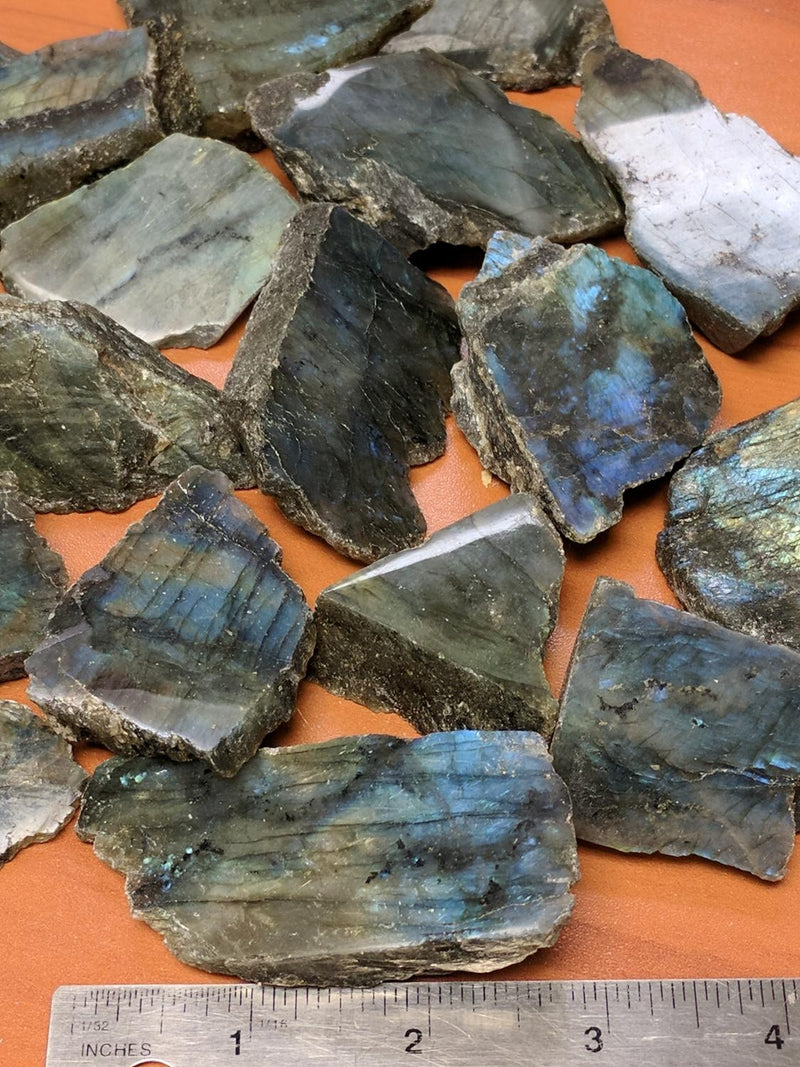 Labradorite (Rough/Polished 1 side)
