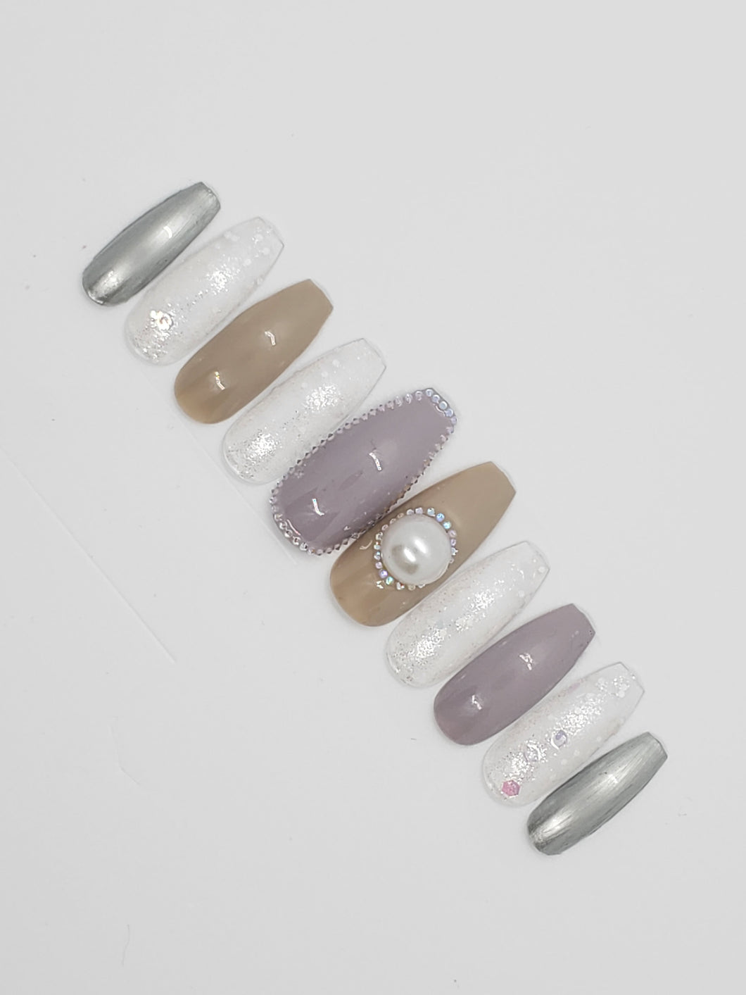 Comfy Mode Press-on Nails