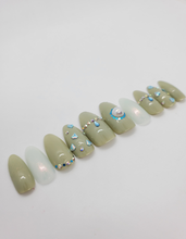 Load image into Gallery viewer, Princess Fiona Press-on Nails
