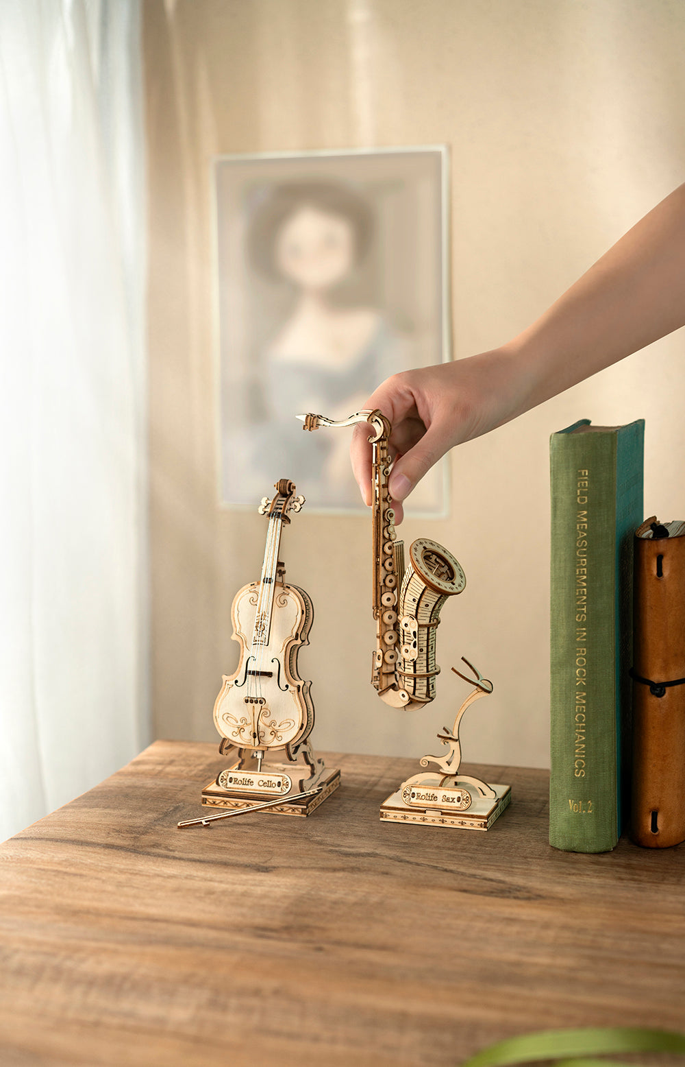 Rolife Modern 3D Wooden Puzzle - Cello TG411