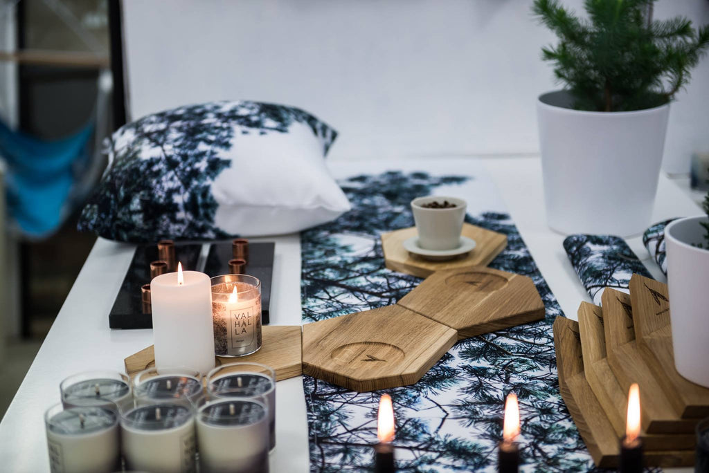 Table Runner. Estonian design, inspired by Nordic and Scandinavian style. Estonian Design Gift. Delivered to your door. Eesti Disain. Kingiidee. Kaup koju kätte. Eesti Disain kingitus