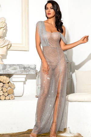 Long silver dress with single shoulder and transparent mesh skirt