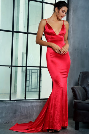 Long Low-Cut Dress In Red Satin