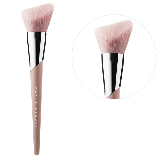 Cheek Hugging Bronzer Brush 190