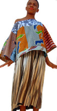 Load image into Gallery viewer, Blue Crop African print top - SOSOME