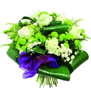 Say your last goodbyes and send your condolences to relatives and friends with this bouquet in white and purple packaging.