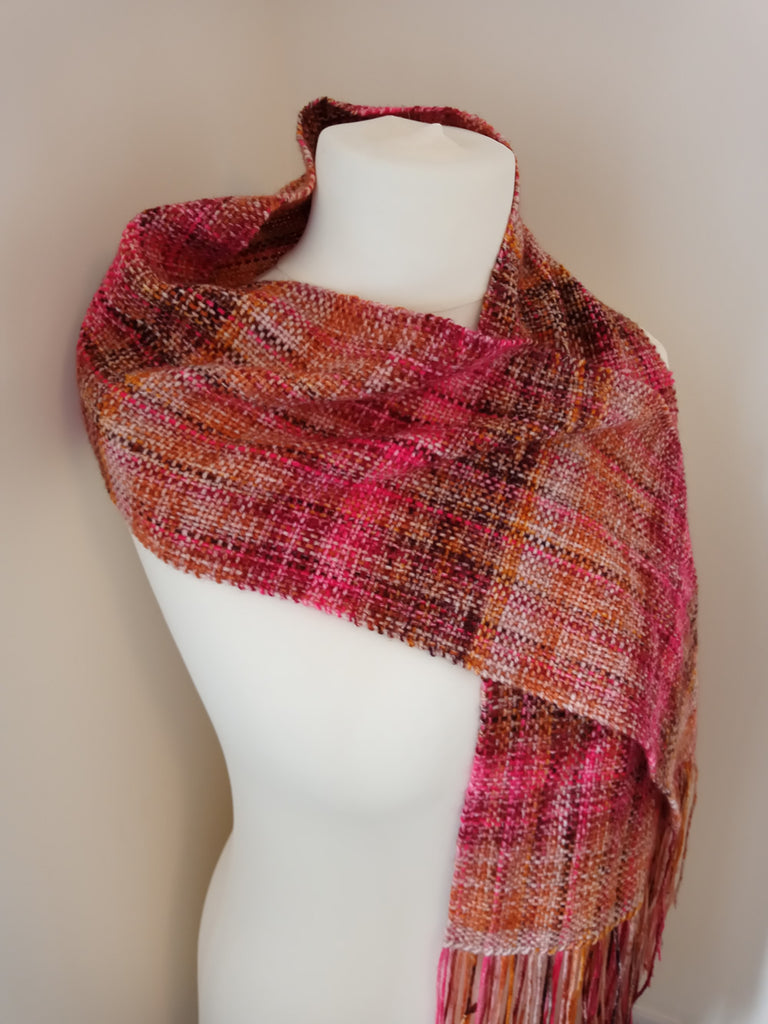 weave a scarf from one ball of yarn