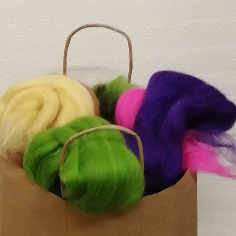 Bag of mixed Merino colours (300g)