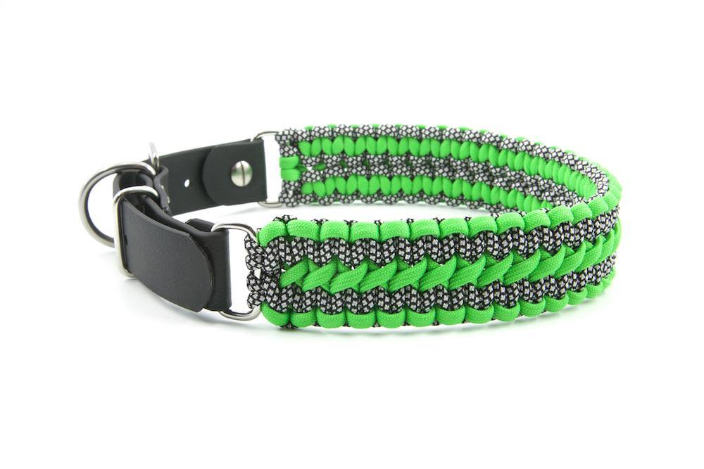 Paracord Dog Collar