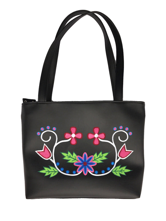 Wabigon Shoulder Tote in 'The Pinks'