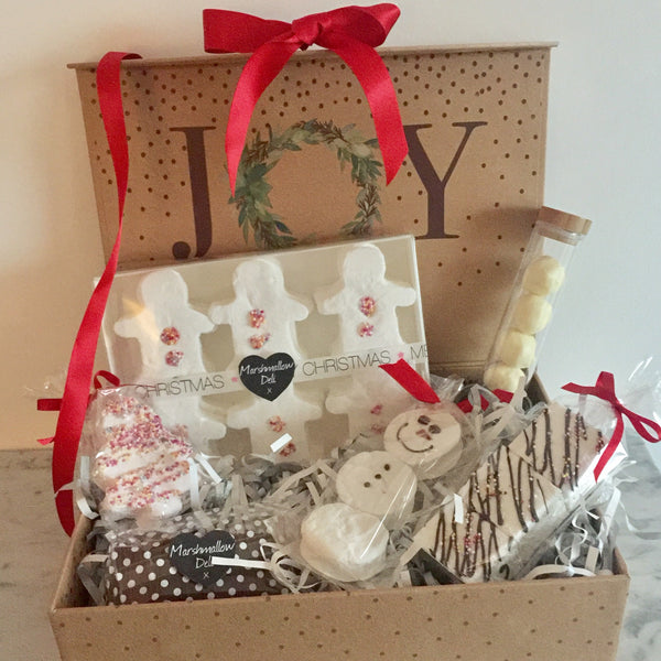 1 SOLD OUT Luxury Gift Box Hamper Gold
