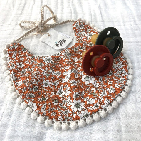 Boho Reversible Dribble Bib : Nutmeg Floral / Oatmeal Baby Accessory Ecosprout