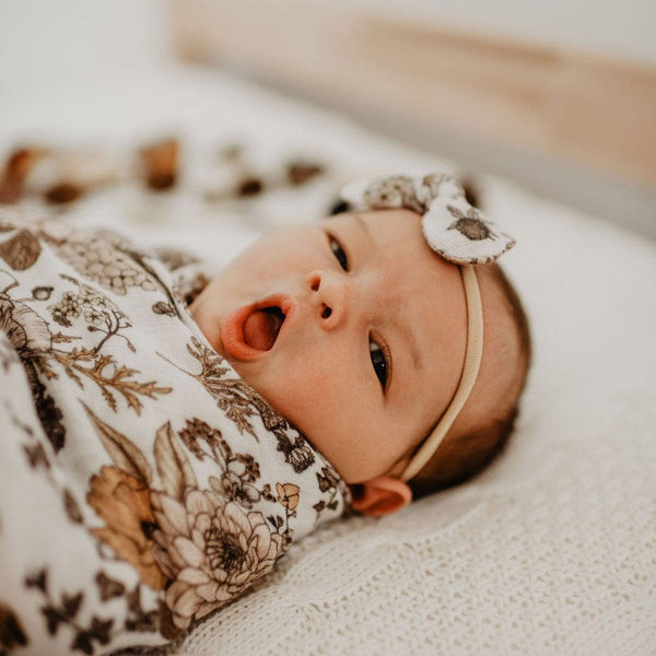 Stretchy Headband with Muslin Bow : Goldie Bloom Baby Accessory Luna's Treasures