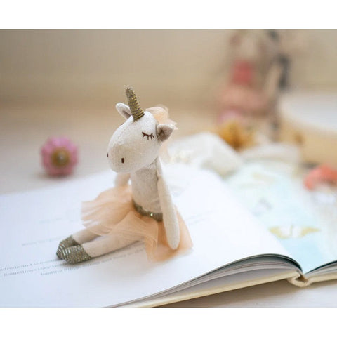 Yolanda the Unicorn : Peach Toys Nana Huchy