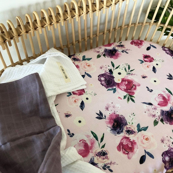 Jersey Fitted Bassinet Sheet : Floral Kiss Sheet Snuggle Hunny Kids