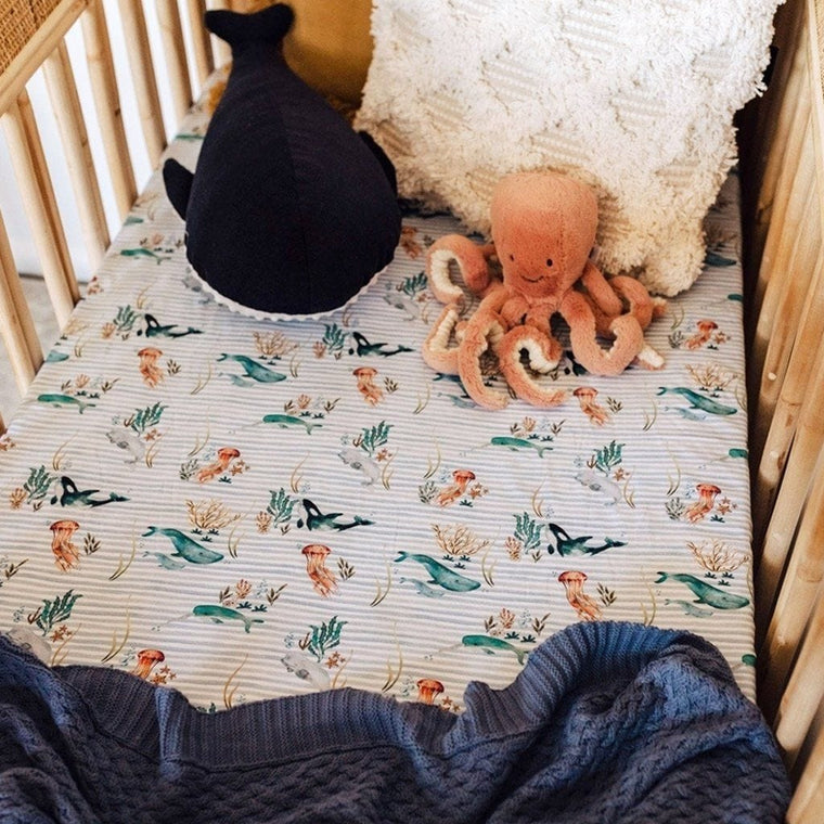 Fitted Cot Sheet : Whale