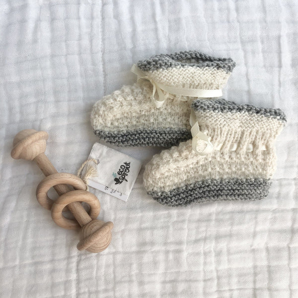 Merino Alpaca Booties (Moss Stitch) : Winter White / Grey Marl Baby Accessory Ecosprout