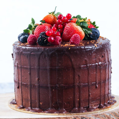 Chocolate Mix Berry Cake - Chocolate Cake Topped With Fresh Fruits
