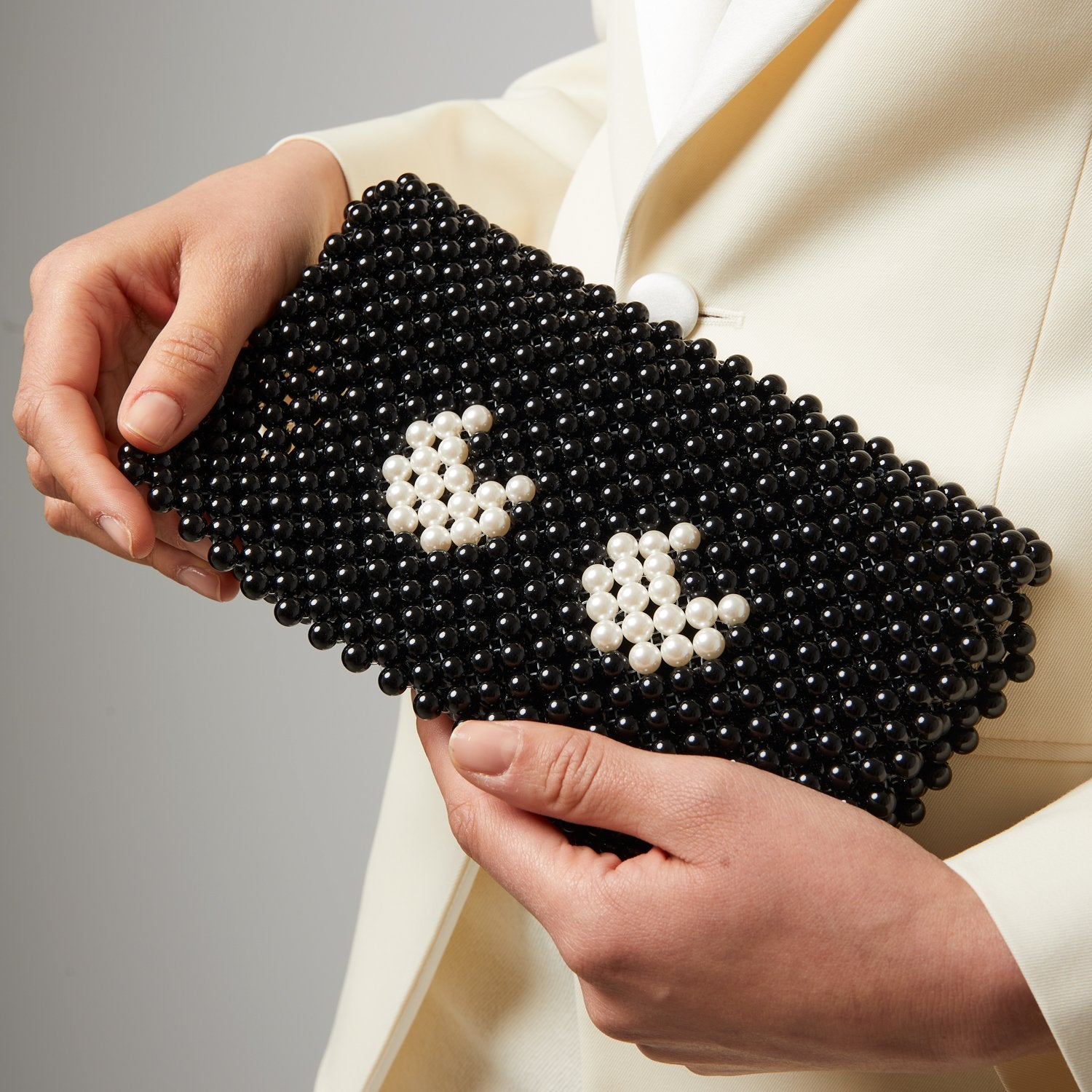 Eyes Pearl Clutch