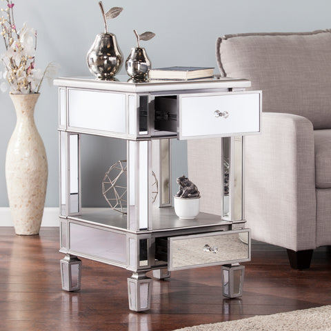 Wedlyn Mirrored Side Table - Glam Style - Brushed Matte Silver w/ Mirror